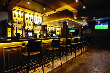 No.10 Bar & Restaurant (4) D