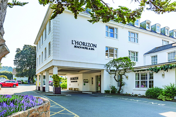 L'Horizon Beach Hotel