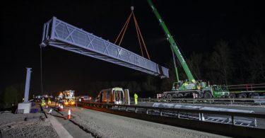 Ready, Set, Lift! Giant 'Superspan' Gantry Installed Across M6