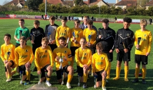 Covers Renews Sponsorship of Horsham FC Youth Team