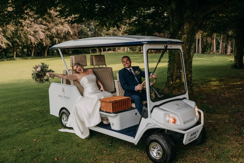 Golf Buggy with a Luxury Twist Arrives at Top Hotel - and Happy Couples are Thrilled