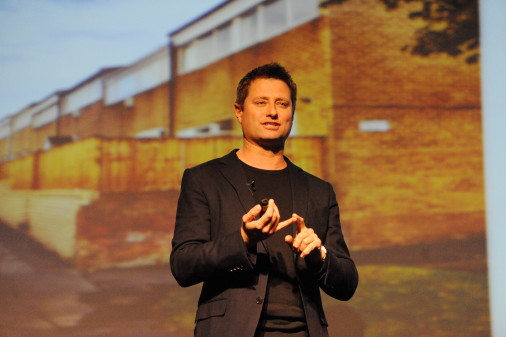 University and TV architect join forces to develop new homes of the future