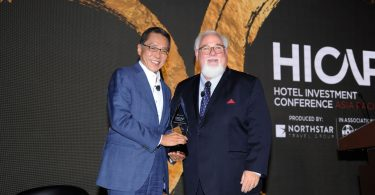 Banyan Tree Holdings Founder and Executive Chairman Mr Ho Kwon Ping Conferred Prestigious HICAP Lifetime Achievement Award
