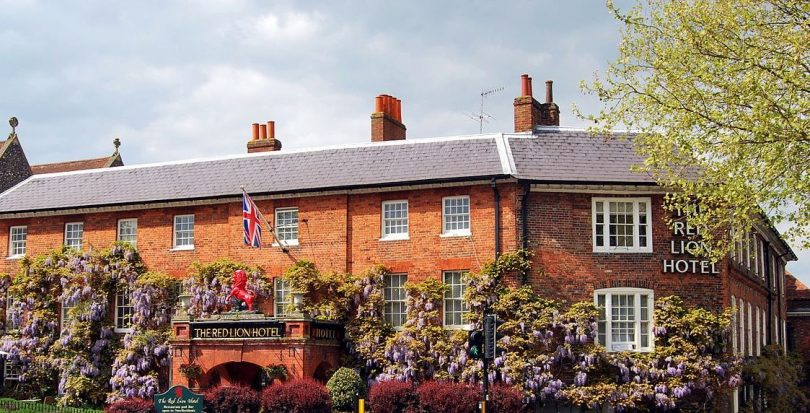 Grace Leo And Tim Hartnoll Announce The Acquisition Of Boutique Riverside Hotel In Henley On Thames The Red Lion Hotel Premier Construction News
